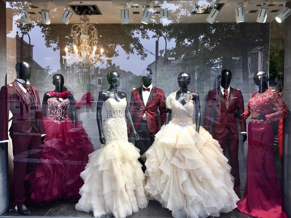 vitrine magasin robe de mariée