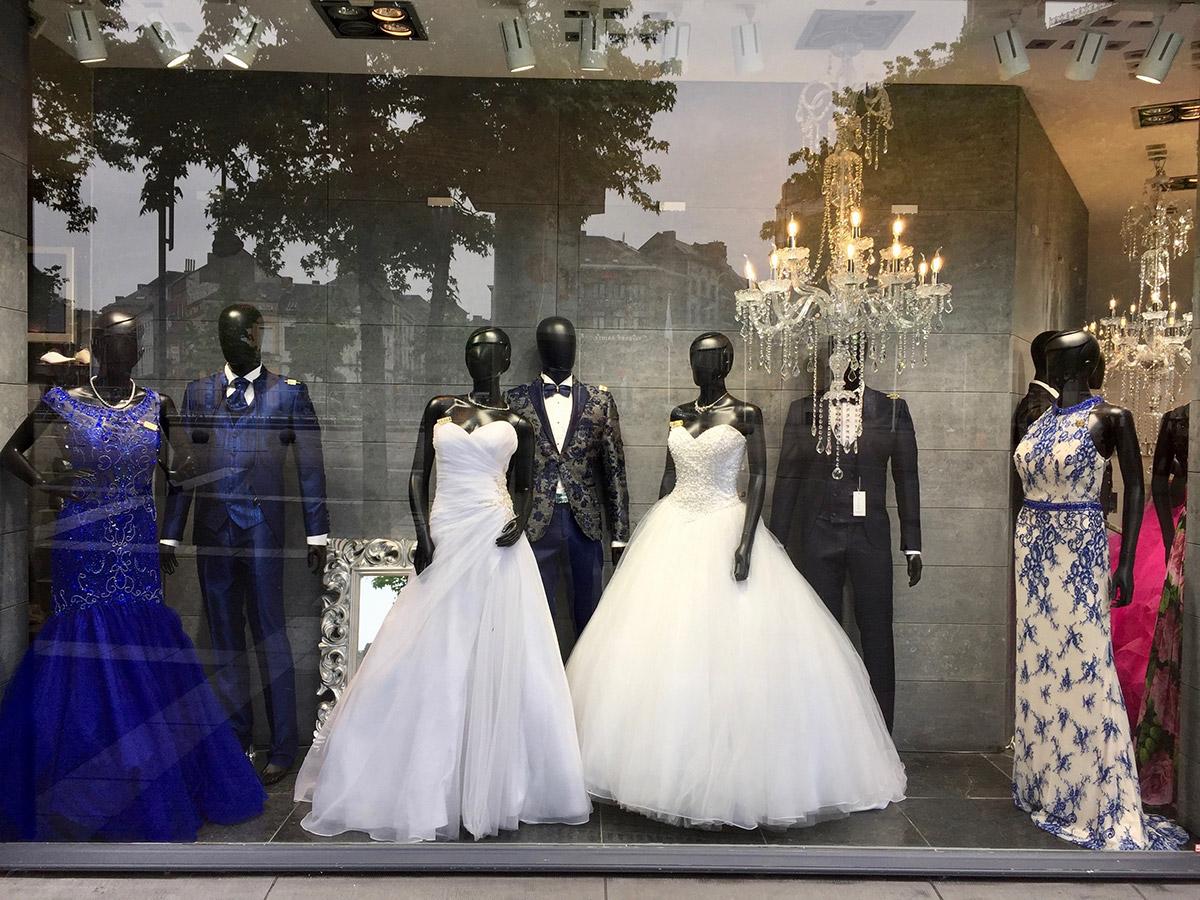 vitrine de robes de mariée
